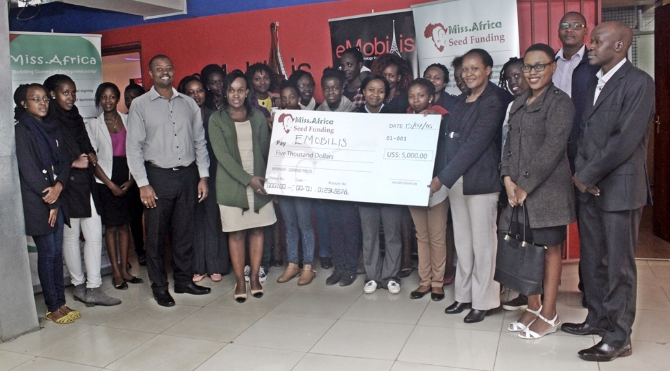 Cheque Presentation for the 2015 winner Emobilis Academy